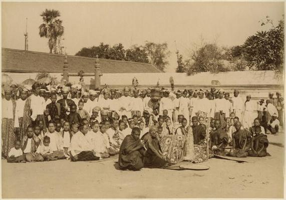 Devotions at the Arakan Pagoda, Mandalay, Burma, late 19th century
