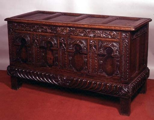 Carved chest with arcaded front, late 17th century