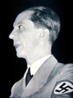 Josef Goebbels, 1933