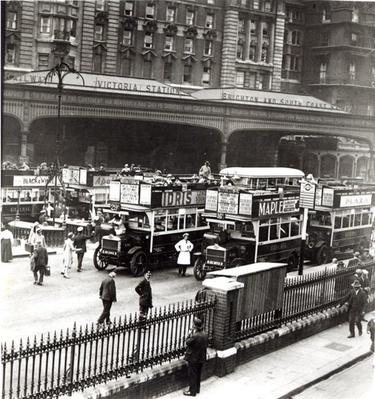 Victoria Station, 1920s