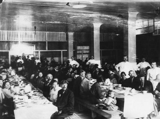 Immigrants Eating | U.S. Immigration | 1840's to present | U.S. History