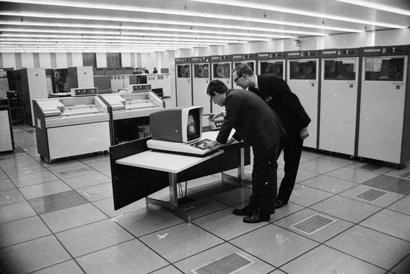 Computer Banking | History of the Computer