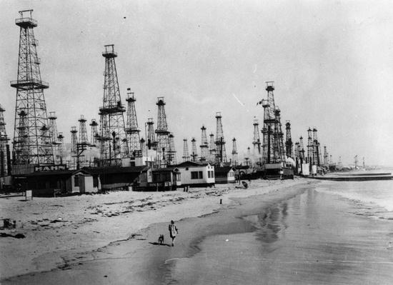 Venice Oilfield | Industrial Revolution