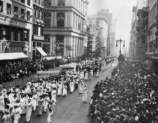 Suffragette Parade | Women's Suffrage | U.S. History