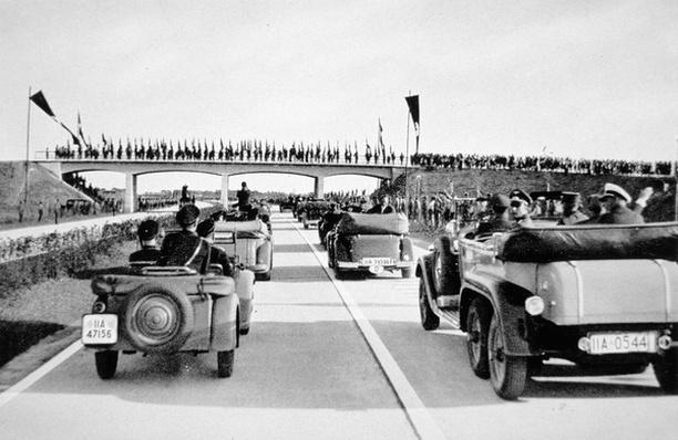 The opening of the Autobahn Munich-Landsgrenze, 1934