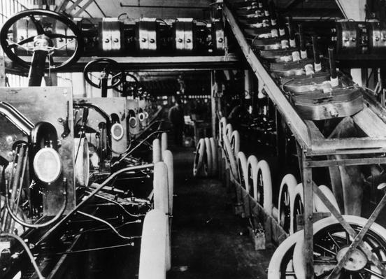 Moving Assembly Line   Evolution of the Automobile