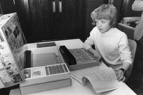 Toy Computer | History of the Computer