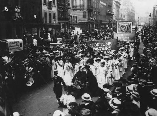 Suffragettes March | Women's Suffrage | U.S. History