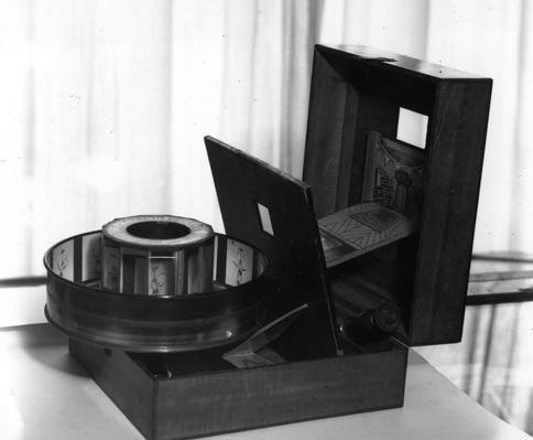 Praxinoscope Theatre | Industrial Revolution