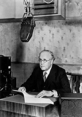 Sir Kingsley Wood | The Study of Economics