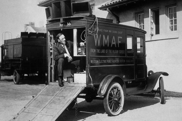 Mobile Radio | Evolution of the Automobile