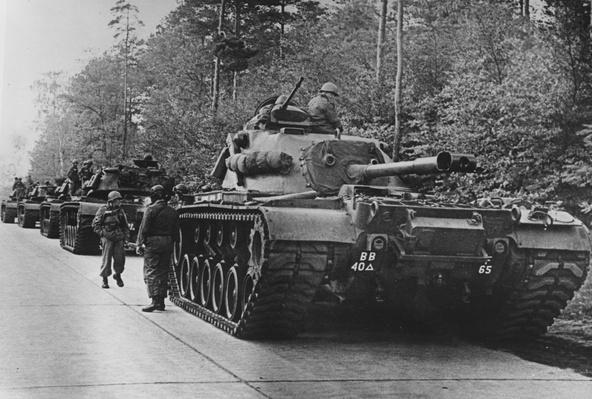 US Tanks | The Cold War | The 20th Century Since 1945: Postwar Politics