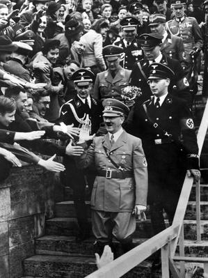 Hitler's Welcome | World War II