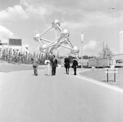 Atomium | Monuments and Buildings