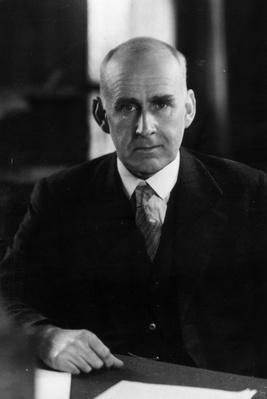 Arthur The Astronomer | Famous Scientists
