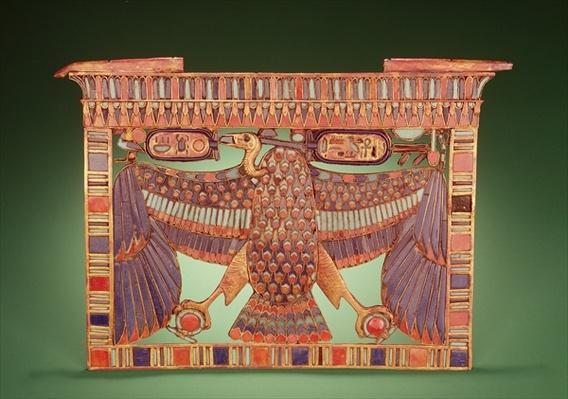 Pylon pectoral decorated with the vulture of Upper Egypt, from the tomb of Tutankhamun