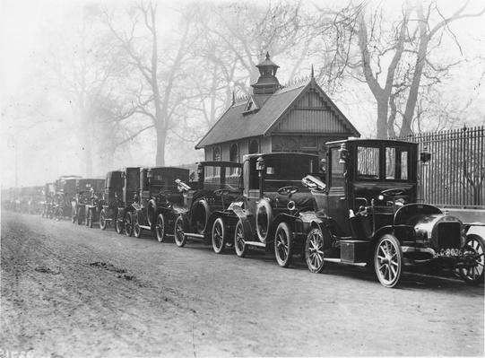 London Taxis 1907 | Evolution of the Automobile