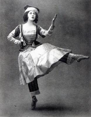 Tamara Karsavina in the ballet 'Petrouchka', 1911