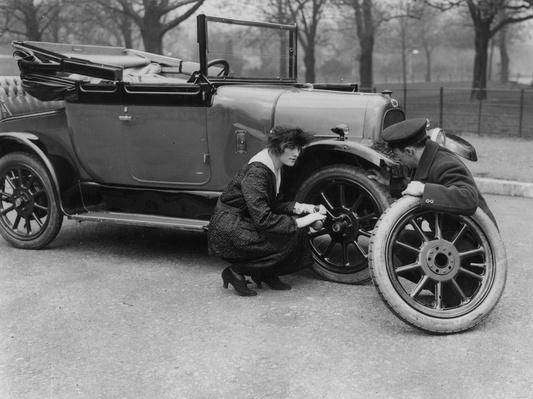 Wheel Change | Evolution of the Automobile