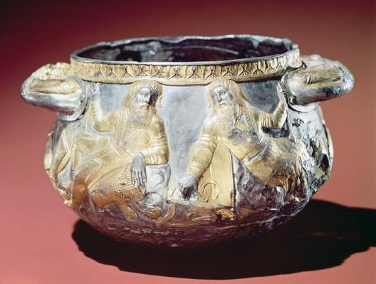 Drinking cup depicting Scythian soldiers