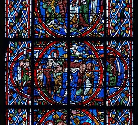 Detail from a window depicting the funeral, from the Death and Assumption of the Virgin Mary