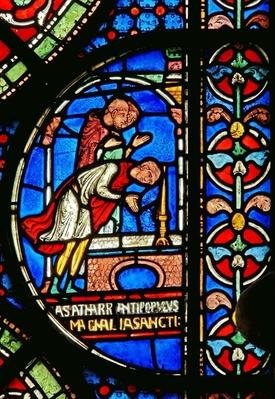 Detail from the Miracle Window depicting Eilward of Westoning giving thanks at the tomb of Thomas Becket