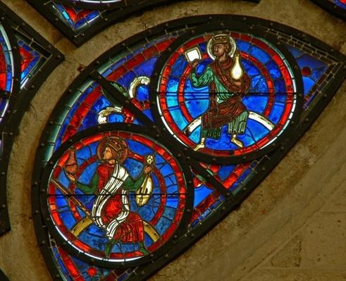 Detail from the east rose window depicting two elders of the apocalypse