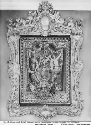 Tapestry of the coat of arms of the French Royal Family with a Louis XIV frame