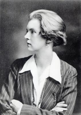 Una Vincenzo, Lady Troubridge, c.1915