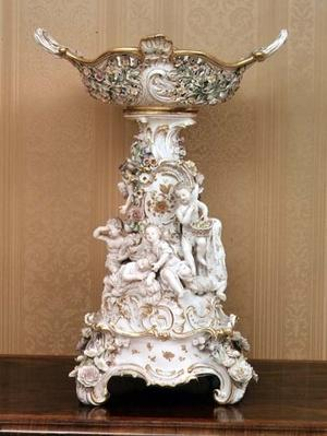 Cake stand with cherubs depicting the seasons, c.1830