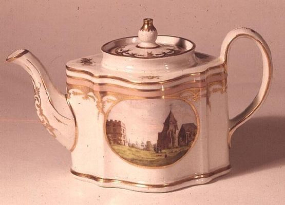 New Hall teapot, painted with view of Dover Castle, c.1800