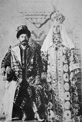 Tsar Nicholas II and Tsaritsa Alexandra in full coronation regalia, May 1896