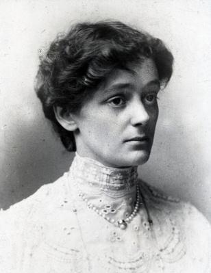 Nellie Cecil