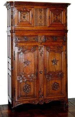 Picardy wardrobe with Masonic decoration, c.1740
