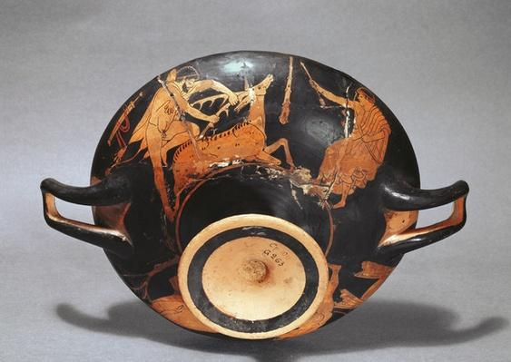 Kylix decorated with Heracles and the Ceryneian Hind