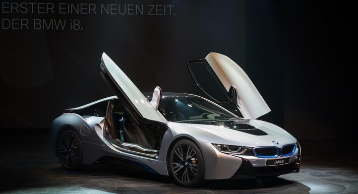 BMW Launches i8 | Evolution of the Automobile