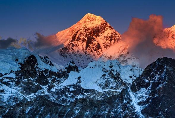 Sunset Over Mount Everest, Sagarmatha NP, Nepal | Wonders of the World