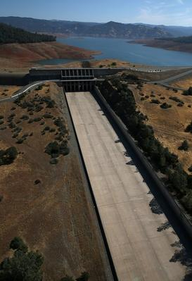 Statewide Drought Takes Toll On California's Lake Oroville Water Level | Human Impact on the Physical Environment | Geography