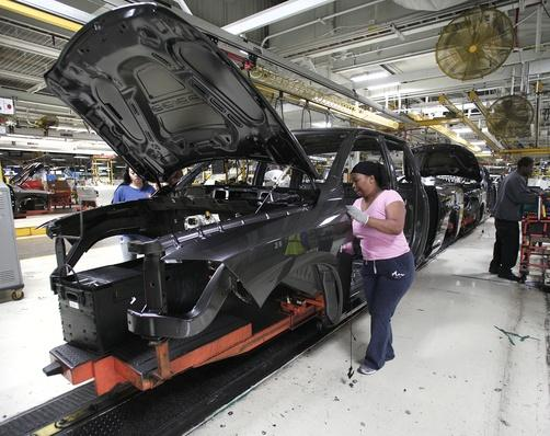 Chrysler Highlights Truck Assembly Plant In Warren, Michigan | Evolution of the Automobile