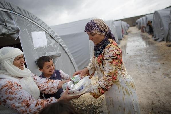 Refugees Flee Syria As ISIS Advances On Kobani | Conflicts: Syria