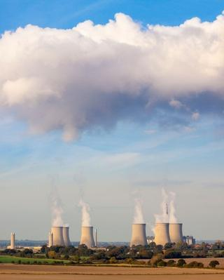 Cooling Towers Spew Clouds Into the atmosphere | Earth's Resources