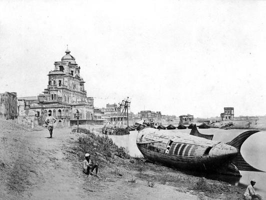 View of the Chattar Manzil Palace, on the River Gumti, Lucknow, during the Indian Rebellion, 1858