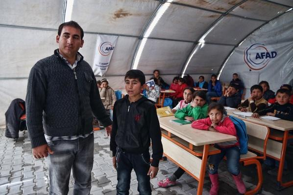 Syrian Refugees Seek Shelter In Turkish Camps | Conflicts: Syria