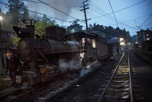 Steam Train Provides Link Between China's Past And Present | Evolution of the Railroad (Engine)