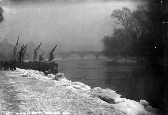 The Thames in Winter, 1895