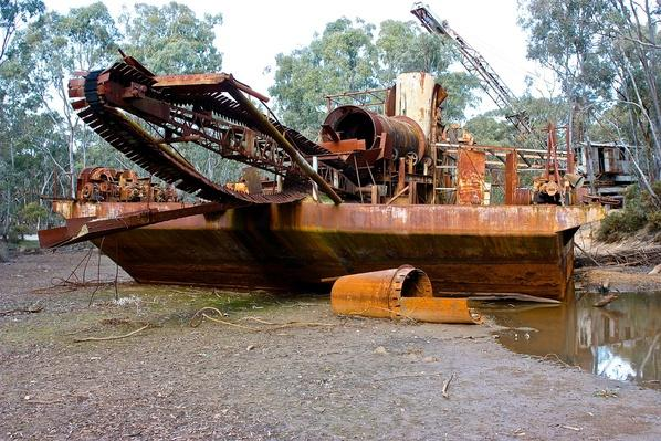 Antique Nineteenth Century Alluvial Gold Dredge | Earth's Resources