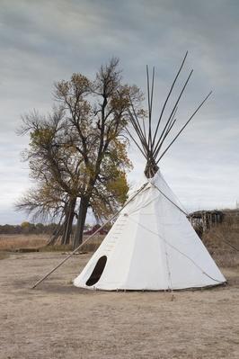 Stuhr Museum of Prairie Pioneer, Native American teepee, Nebraska, USA | Native American Civilizations | U.S. History