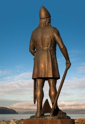 Statue of Explorer Leif Ericson | Famous Explorers