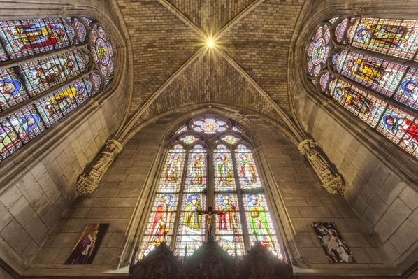 The treasury of Notre Dame de Paris cathedral | World Religions: Christianity