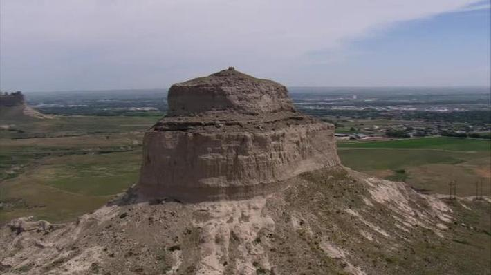 image of the Scotts Bluff National Monument